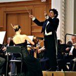 Дирижер Ален Альтиноглу и Российский национальный оркестр. Фото - Ирина Шымчак