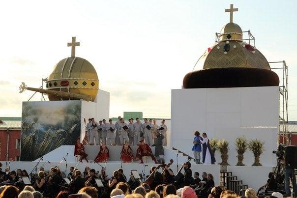 Фестиваль оперы под открытым небом охватит город на Неве