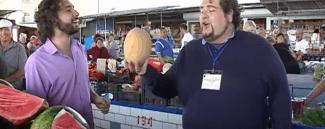 Итальянские оперные певцы спели на украинском базаре