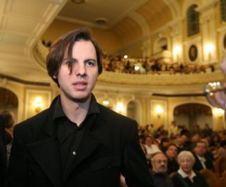 Теодор Курентзис. Фото -  Виктор Васенин