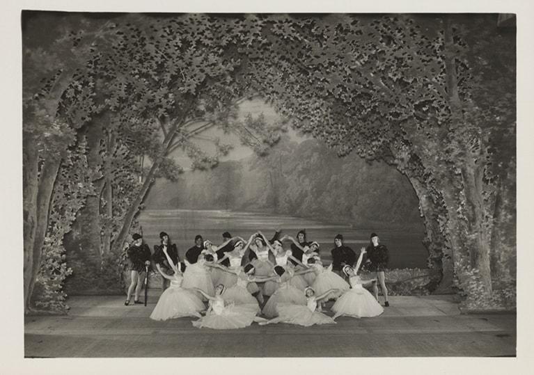 Балет «Лебединое озеро» в постановке Михаила Фокина. Фото - Library of Congress