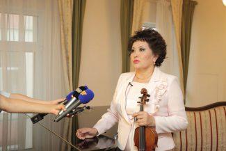 Айман Мусаходжаева