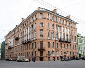 дом 26/53 на Английском проспекте. Фото с сайта Citywalls.ru