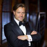 Певец, выступавший в крупнейших театрах мира, даст концерт в Великих Луках