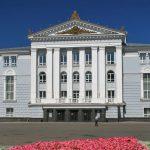 Губернатор Прикамья выступил за ликвидацию репертуарного оперного театра