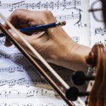 Музыкант симфонического оркестра. Фото - Евгений Биятов/РИА Новости
