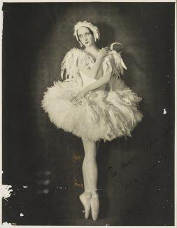 Спесивцева под руководством Вагановой подготовила главные партии в балетах «Жизель» и «Лебединое озеро». Фото - Public Domain