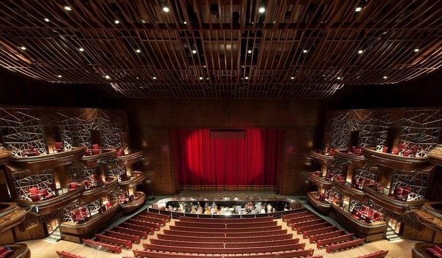 Оперный театр в Дубае