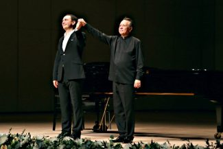 Штефан Генц и Михаил Плетнев. Фото - Ирина Шымчак