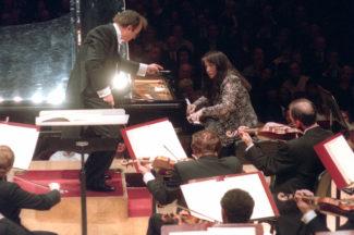 Шарль Дютуа и Марта Аргерих в Карнеги-холл в Нью-Йорк, 2002 год