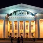 Театр оперы и балеты потратит грант на встречи саратовцев с ведущими театральными критиками