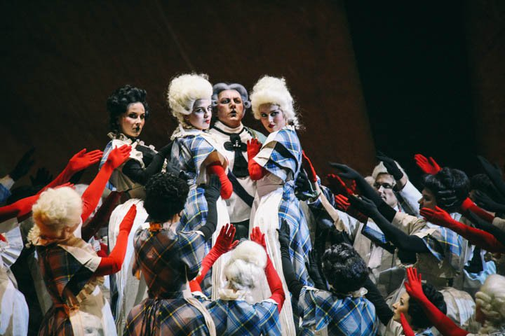 Солистов собрали в колоду: премьера «Пиковой дамы» в Новосибирской опере