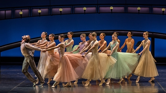 Новая версия биографического балета Бориса Эйфмана не нуждается в подтверждении историческими хрониками. Фото - Майкл Кури