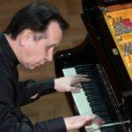 Михаил Плетнёв сыграл в сопровождении РНО в Консерватории