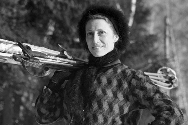 Майя Плисецкая на лыжной прогулке, 1962 год. Фото - В. Малышев/РИА Новости