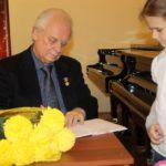 Дирижер Юрий Симонов поздравил музыкальную школу Саратова со 100-летием
