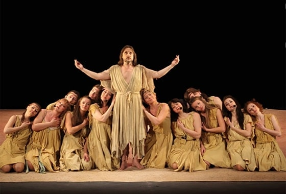 Сцена из спектакля «Иисус Христос — суперзвезда». Фото - Театр «Рок-опера»