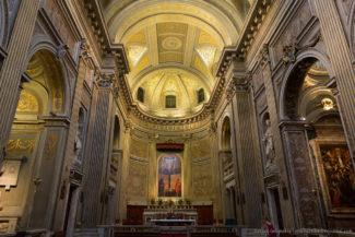 Базилика Санта-Мария-ди-Монтесанто