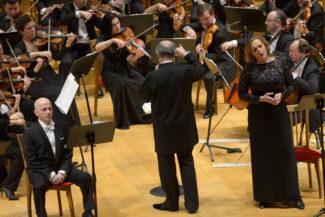 Эва-Мария Вестбрук (справа) спела Изольду и Саломею. Фото - Валентин Барановский