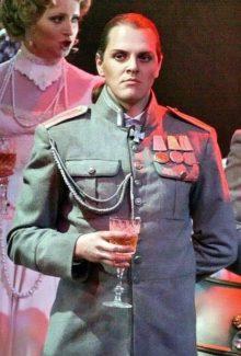 Иван Ожогин в роли Феликса Юсупова. Фото из личного архива певца