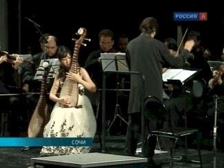"""""""Солисты Москвы"""" и Китайский оркестр Гонконга выступили вместе в Сочи"""