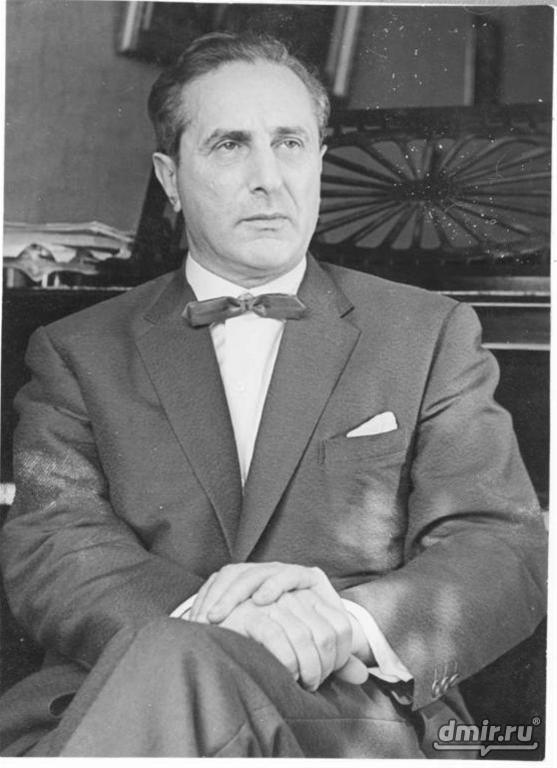 Яков Флиер
