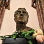 Бюст композитора Арама Хачатуряна установили в Московской консерватории