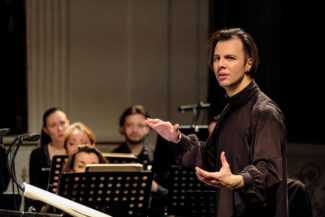 Теодор Курентзис понимает новую музыку так же глубоко, как и классическую. Фото - Антон Завьялов