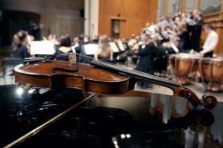 Голосование: кто должен определять кадровую политику оркестра?