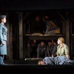"""Валерия Пфистер (немка Лиза) и Наталия Креслина (полька Марта) сыграли антагонисток. Фото - """"Новая опера"""""""