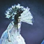 """Свадебное платье Турандот украшено черепами ее жертв. Фото - пресс-служба """"Геликон-оперы"""""""