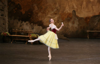 Светлана Захарова (Жизель). Фото - Дамир Юсупов