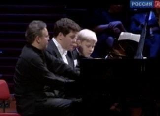 Российские пианисты дали концерт в двенадцать рук в Концертгебау