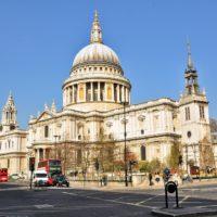 В состав хора лондонского собора Святого Павла впервые вошла женщина