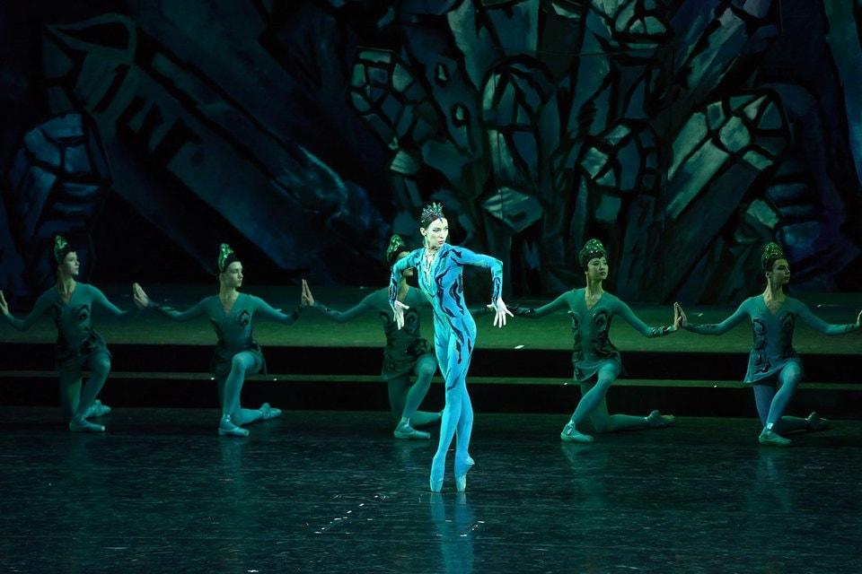 Царство самоцветов снова танцует на Мариинской сцене. Фото - Валентин Барановский / Интерпресс / ТАСС