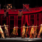 Танец со шлейфами – одна из жемчужин в постановке «Ромео и Джульетты». Фото - Елена Лехова / АНО Золотая Маска