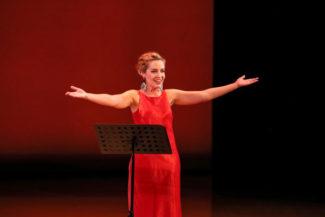 Для первого сольного выступления в столице Надежда отобрала хиты своего репертуара. Фото - Пермский театр оперы и балета