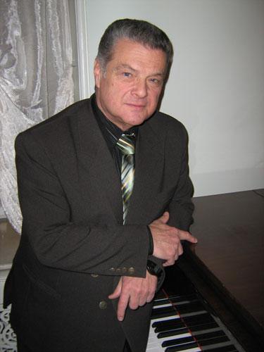 Лев Шугом