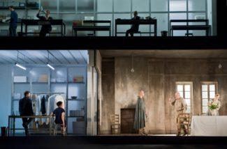 Сцена из спектакля «Написано на коже» Джорджа Бенджамина