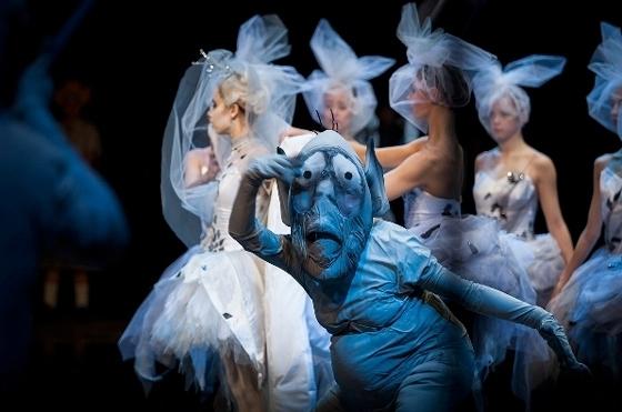 Сцена из балета «Снежная королева». Фото - Елена Лехова / Екатеринбургский театр оперы и балета