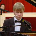 Пианист Олег Аккуратов сыграет классику и джаз в Большом зале консерватории
