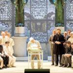 Вагнер в дурдоме и другие премьеры Венской оперы