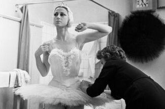 """Если глаза и губы плохо накрашенные, то зрители увидят """"бесцветную моль"""", а не балерину"""