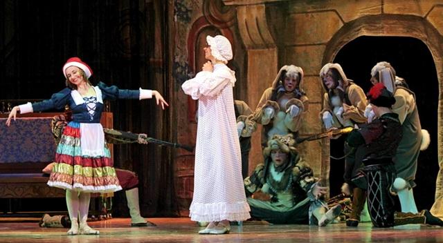Воронежский театр оперы и балета показал в Лисках два спектакля. Фото - culturavrn.ru
