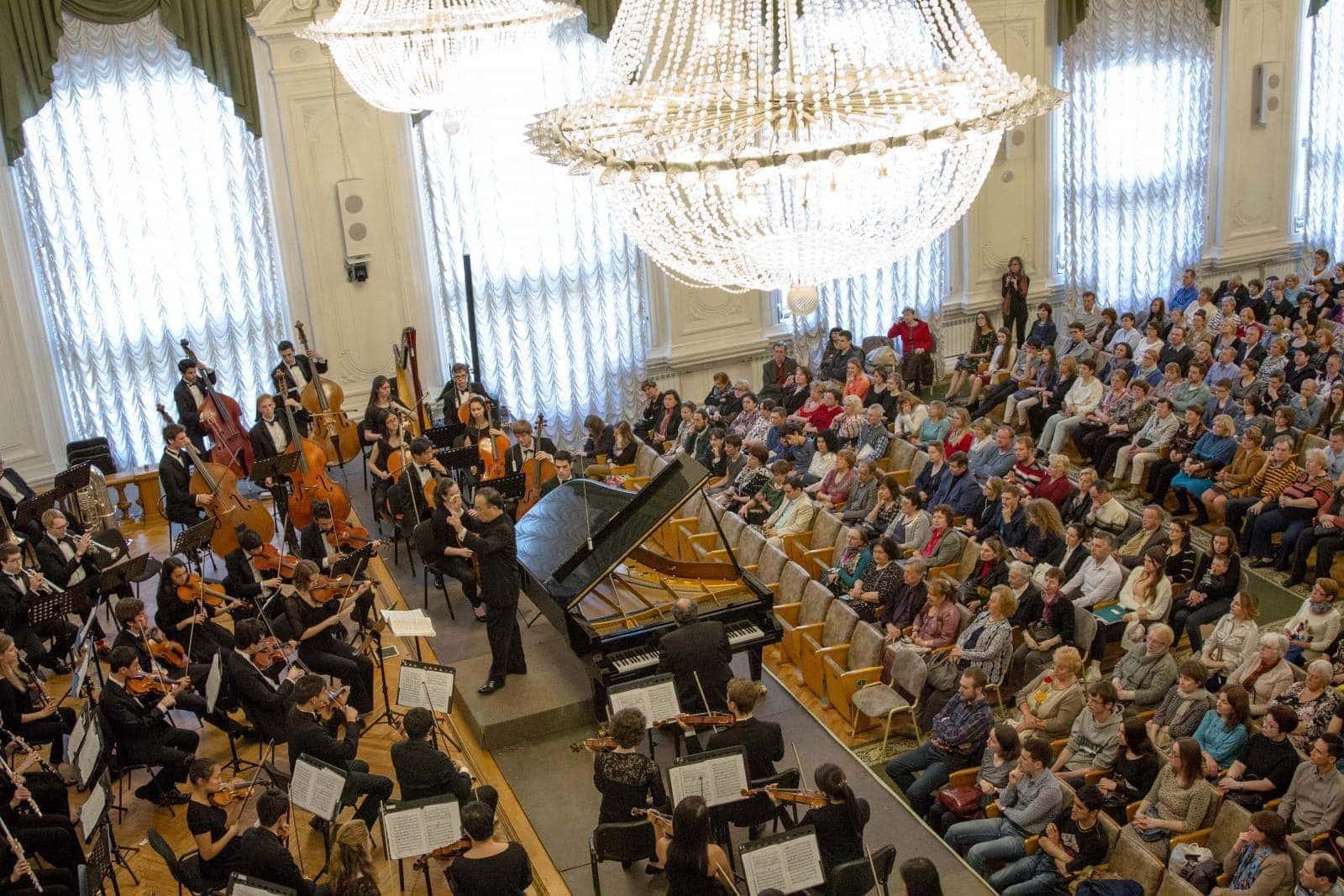 Йельский симфонический оркестр выступил в Петербурге