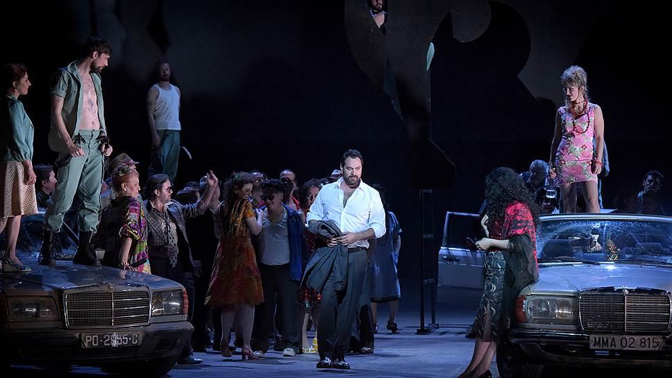 """""""Кармен"""" в Парижской национальной опере. Фото: Vincent Pontet / Opera national de Paris"""