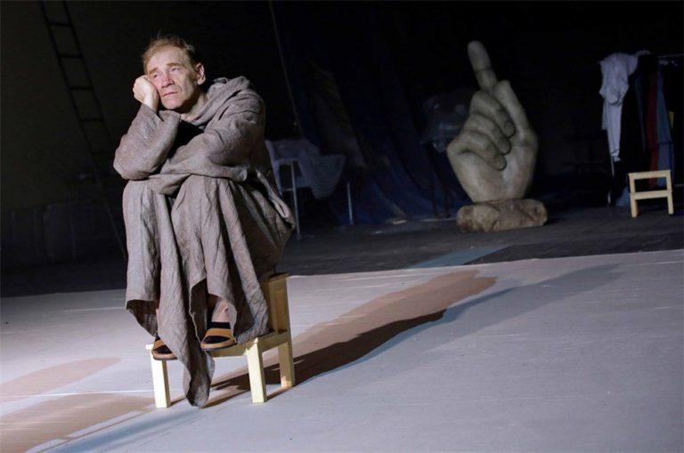 Премьера оперы Мартынова пройдет в закулисье театра Сац