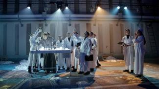 Театр имени Наталии Сац показал новую оперу Владимира Мартынова
