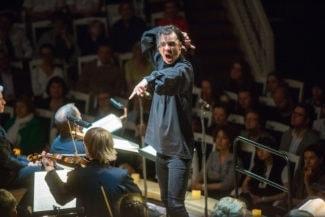 Теодор Курентзис показал Вольфганга Амадея Моцарта. Фото - Максим Стулов / Ведомости