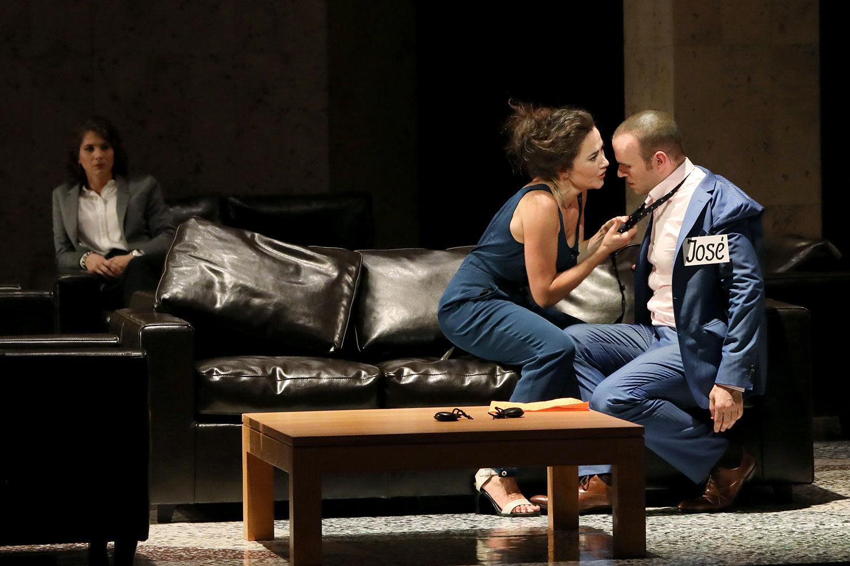 Бизе бы не расстроился, увидев в ролях своих героев Стефани д'Устрак и Майкла Фабиано. Фото - Patrick Berger / Artcompress